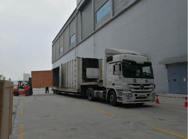 减震气垫车运输